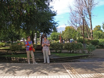 08.Plaza in Pucon